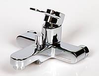 Смеситель Италия однорычажный для ванны с душем 211 X62