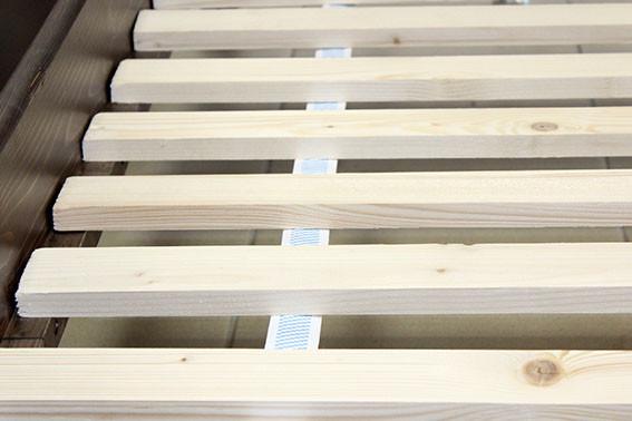 кровать деревянная с лагами от торгового дома Naomi