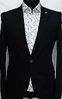 Чёрный приталенный мужской пиджак с английским воротником Andromax