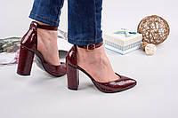 Элегантные женские туфли натуральная кожа (рептилия) с ремешком, каблук 10 см, цвет бордовый