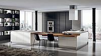 Черная встроенная кухня в алюминиевом профиле Тетрикс