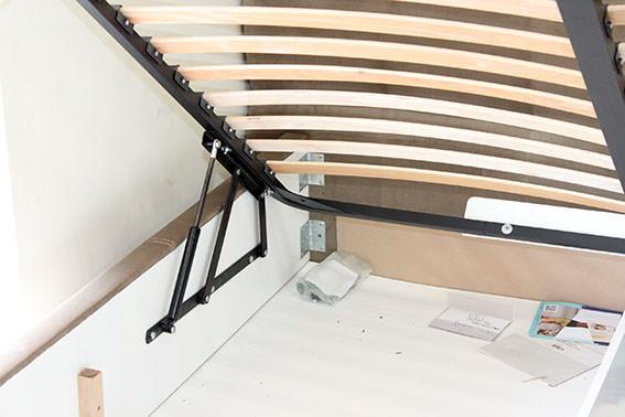 кровать ортопедическая мягкая от торгового дома Naomi