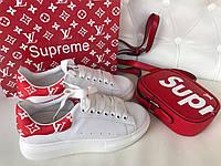 Крутые женские кеды Louis Vuitton Supreme красная вставка