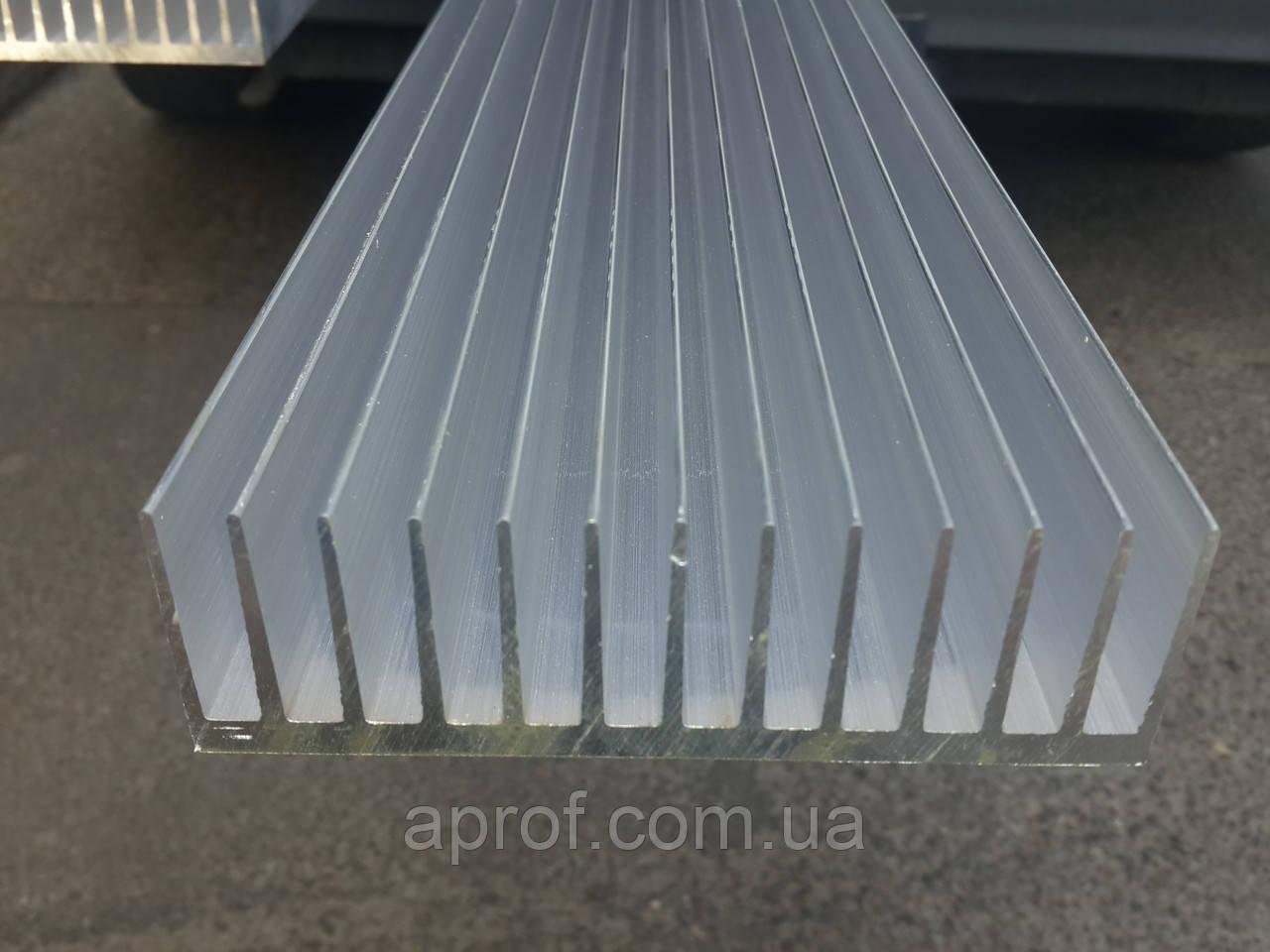 Радиаторный алюминиевый профиль 122х38 мм