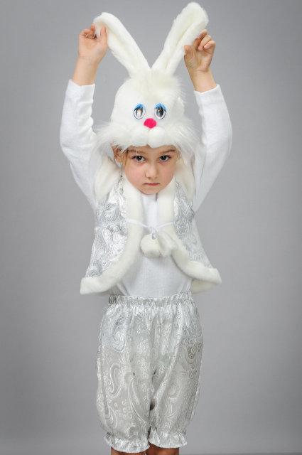 Карнавальный костюм Заяц с шортиками из парчи для малышей 1-2 года