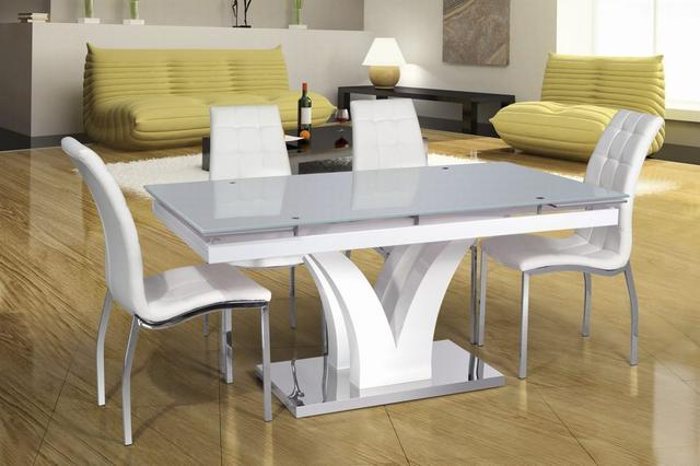 Столы кухонные, комплекты обеденные