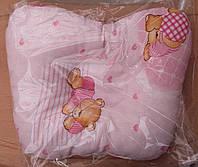 Подушка для новорожденных Мишка розового цвета