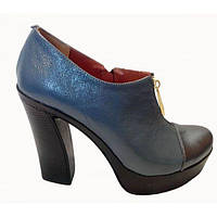 Туфли из натуральной кожи синего и черного цвета на устойчивом утолщенном каблучке, Т-8