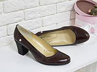 Классические Туфли из натуральной кожи коричневого цвета на устойчивом не высоком каблуке, Т-200
