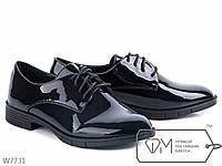 Жунские туфли лаковые в мужском стиле