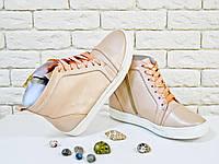 Высокие кеды на шнуровке из натуральной кожи нежно-розового цвета с эффектом перламутра, Коллекция Весна-Лето 2017, Б-430