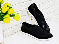 Кеды из натуральной кожи и замши черного цвета в комбинации с эластичной лентой на белой подошве, Коллекция Весна-Лето 2017, Т-17002