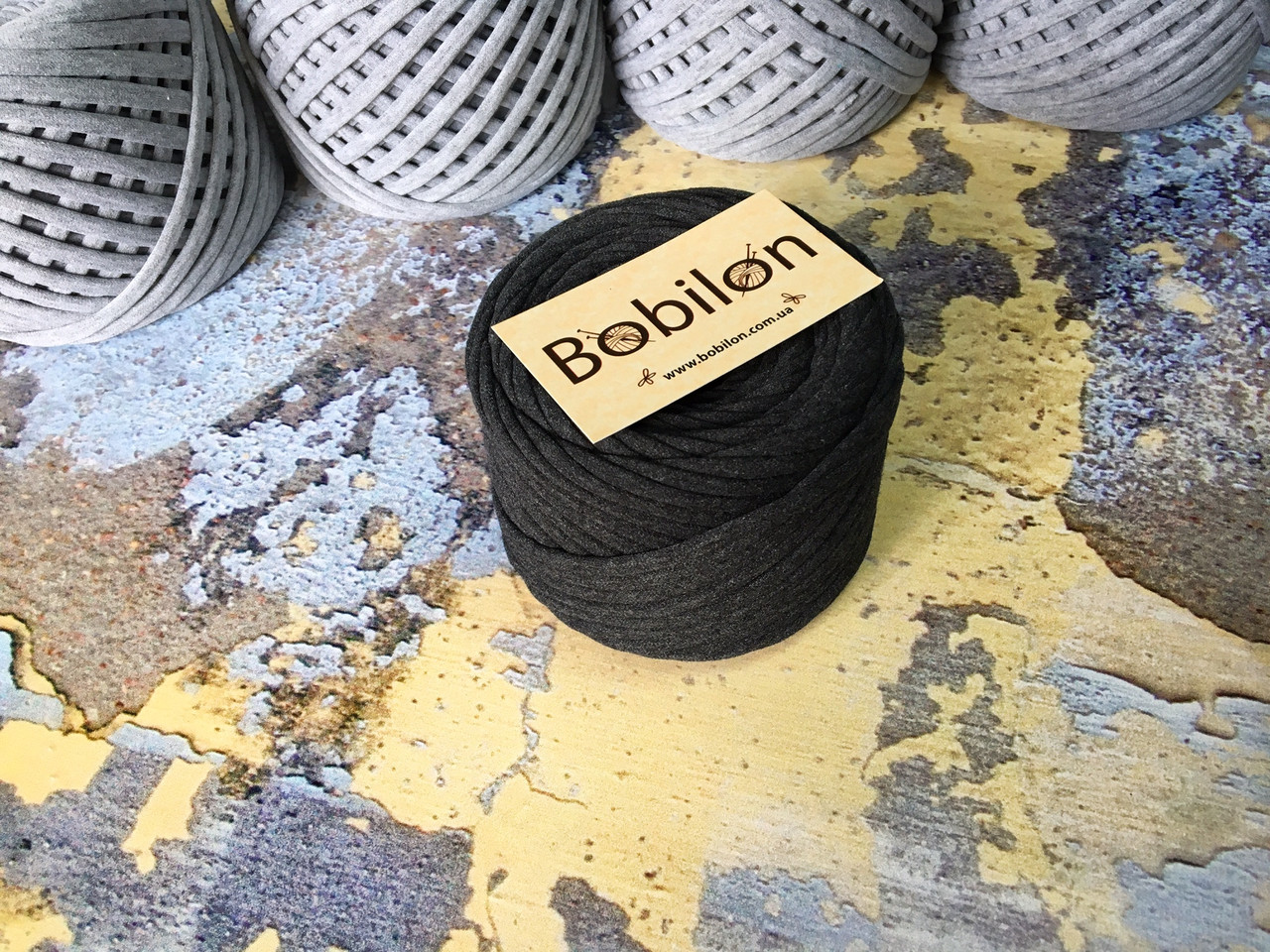 Трикотажная пряжа Bobilon Medium (7-9мм). Графит 50м.