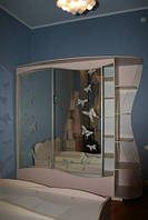 Шкаф купе в детскую комнату, двери раздвижные с рисунком