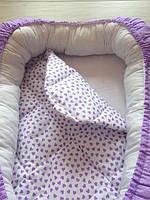 """Кокон для новорожденных """"Фиолетовые сердечки"""" со съемным матрасиком"""