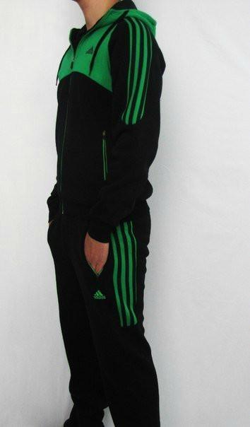 Спортивный костюм Adidas, черный костюм с зелёным  верхом коRты,с лампасами R177