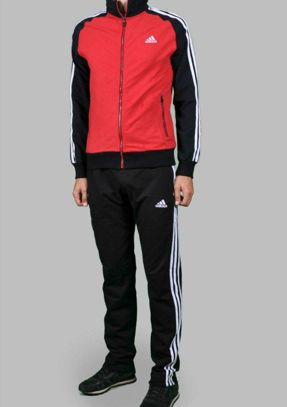 Спортивный костюм Adidas, красный туловище, черные рукава, черные штаны,с лампасами R191