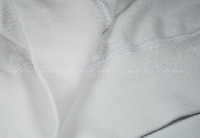 Белая мужская лёгкая толстовка с капюшоном