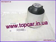 Подушка задней балки Renault Megane II 03- Hutchinson Франция 531557