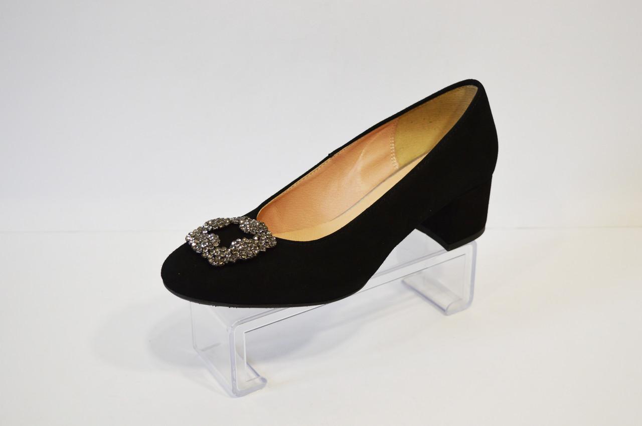 Туфлі жіночі на невисокому каблуці Grodecki
