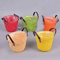Яркие плетенные кашпо для цветов