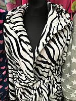Молдежный махровый халат на запах, принт зебра