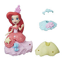 Маленькая кукла Ариэль Маленькое королевство с красивыми нарядами Hasbro Disney Princess B5327_B5328