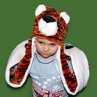 Шапка маска с лапками Тигр