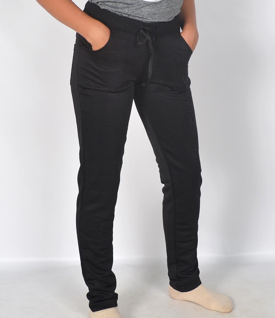 Жіночі трикотажні і штани.Угорський виробник одягу компанія ... f98d174e2130c