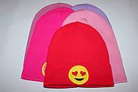 Тонкая вязаная шапка