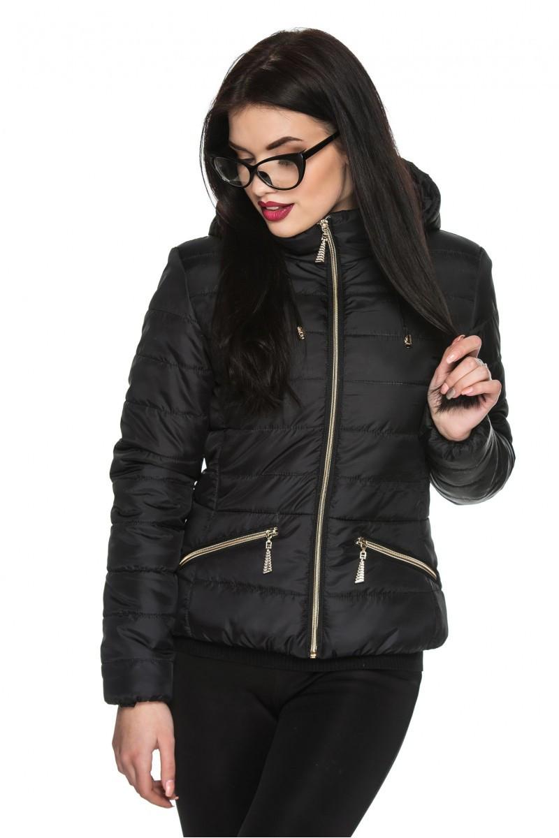 a1e10c29c57 Черная женская стильная короткая приталенная демисезонная куртка с  капюшоном. Арт-2361 61 -