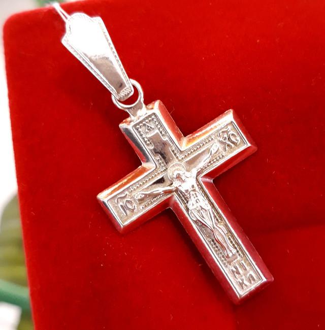 Мужской серебряный крестик фото