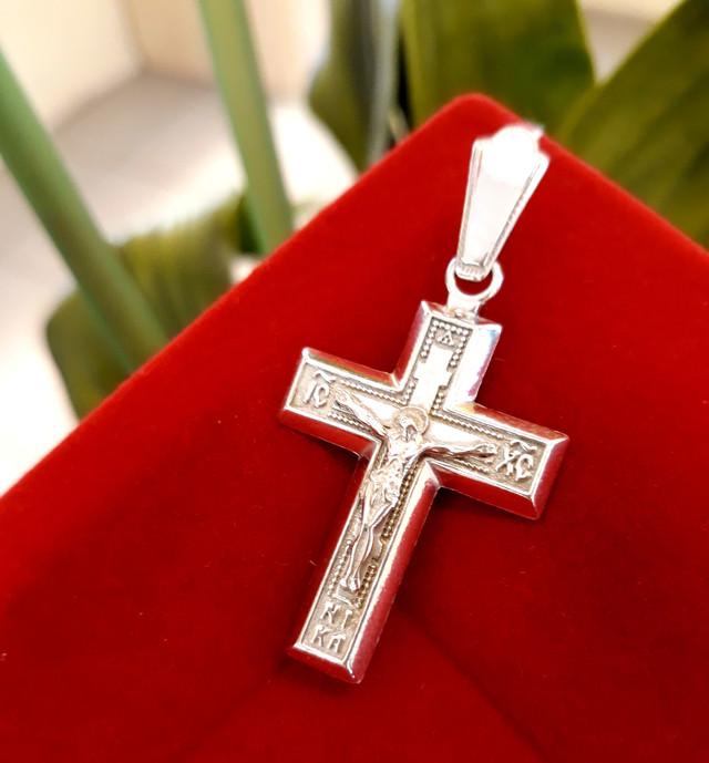 Мужской серебряный крестик фото 1