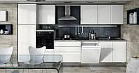 Белая встроенная кухня в стиле модерн с функцией push-to-open