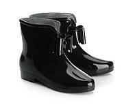 Качественные резиновые сапоги, ботинки с глянцевым эффектом размеры  38,39