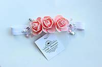 Красивая и нежная повязочка для девочки с розами, стразами и бусинами