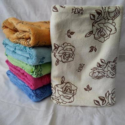 b230a2b604ae Яркое качественное банное полотенце с микрофибры . Размер 140 70 ...