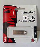 Флеш накопитель Kingston DataTraveler SE9 16GB, новый