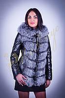 Курточка кожаная с капюшоном из чернобурки.