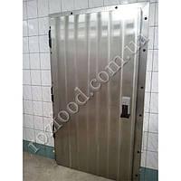 Холодильные одностворчатые двери