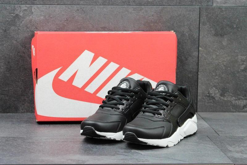 f7cbb96d5fa0a3 Чоловічі шкіряні кросівки Nike Huarache чорні, цена 707 грн./пара ...