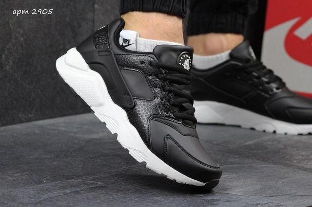 Чоловічі шкіряні кросівки Nike Huarache чорні 95da46785dfb1