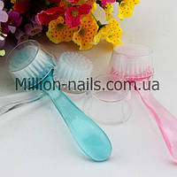 Щетка для ногтей от пыли с длинной и удобной ручкой, цвета в ассортименте