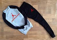 ТЕПЛЫЙ Стильный спортивный костюм Jordan Джордан серый с черными рукавами (большой красный принт)