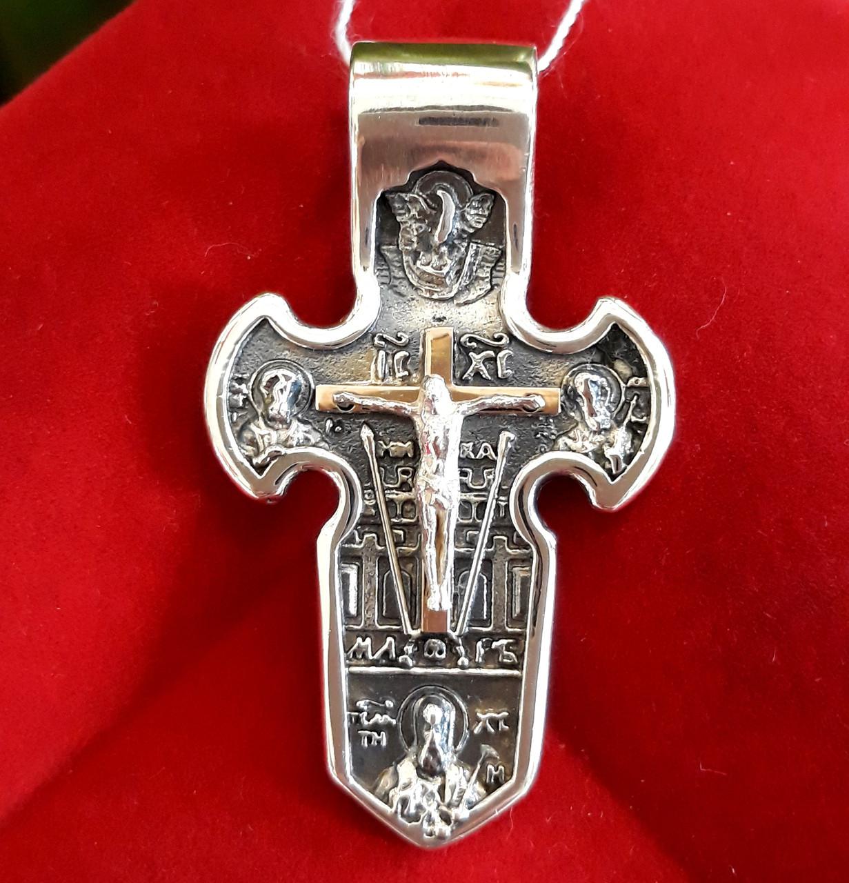 Мужской серебряный крестик с распятием