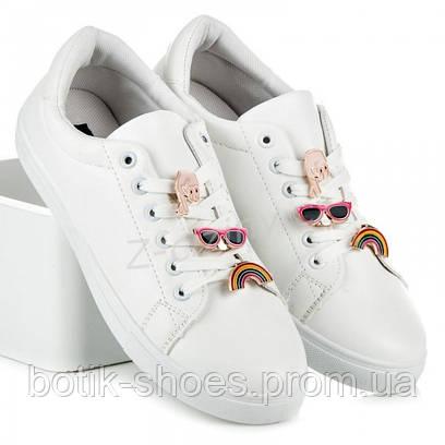 Кроссовки женские. Купить стильные удобные белые женские кроссовки ... 8626075cb23