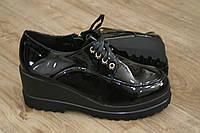 Туфли женские высокие черные