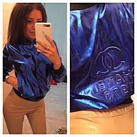 Ультрамодная женская кожаная куртка (эко кожа, длинные рукава, манжеты, пресс эмблема, бомбер) РАЗНЫЕ ЦВЕТА!