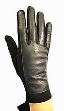 Женские трикотажные  перчатки с кожзамом  и сенсорными пальчиками на флисовой подкладке, фото 3
