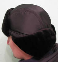 Шапка-ушанка черная с окантовкой из искусственного меха
